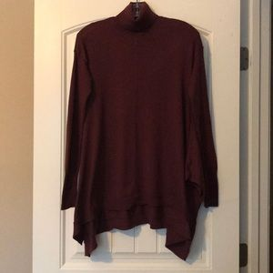 Flowy turtleneck sweater. Great condition!